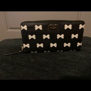 Kate Spade Continental Wallet